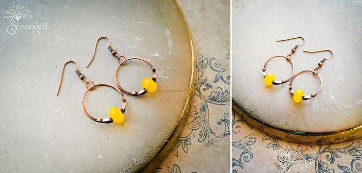 Медные серьги-колечки, чешское стекло. Copper earrings-rings, Czech glass.  www.livemaster.ru/strangell