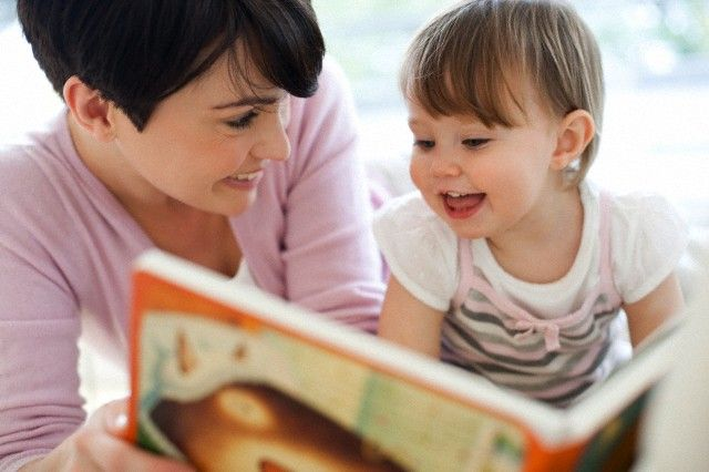 Great tips on #toddlers and #reading: use description, not drilling.
