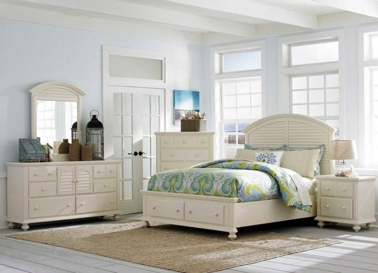 seabrooke queen panel bed with arched louvered headboard by broyhill furniture at baers furniture - Louvered Bedroom Decor