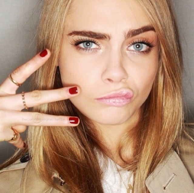Burberry AW13 makeup look by Wendy Rowe on Cara Delevigne. STUNNING!