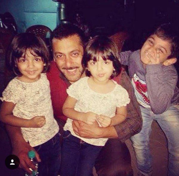 "On the sets! Salman Khan with his little fans on the sets of ""Sultan"""