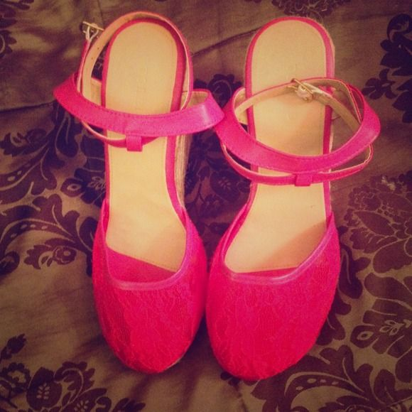 Brand new Torrid hot pink espadrilles size 10 Gorgeous hot pink espadrilles with tags. Beautiful with sundresses or ever jean shorts and a cute draper top. Never worn. Beautiful floral design on the hot pink design. Size 10 in women's. Torrid Shoes