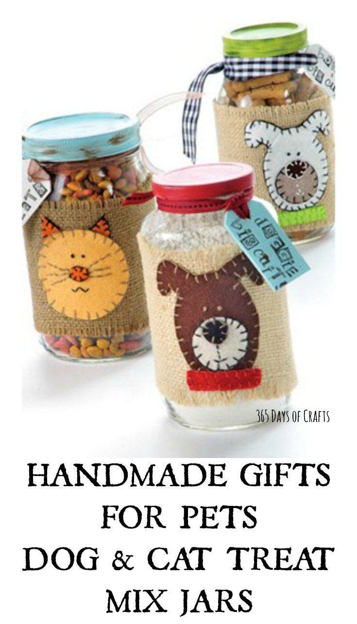 HANDMADE GIFTS FOR PETS DOG & CAT TREAT MIX JARS