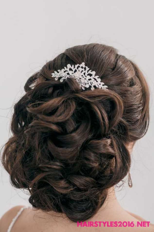 braided bridal hairstyles Wedding Hairstyles 2016 - Bridal Hairstyles #weddinghairstyles #weddinghairstyles2016 #bridalhairstyles #bridalhairstyles2016 #wedding #hairstyles #bridal #braut #brautfrisuren #hochzeitsfrisuren #frisuren #zöpfe
