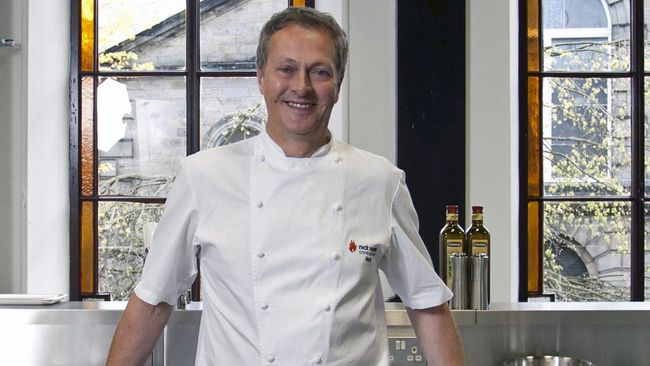 Nick Nairn goes gluten free with new cookery school class