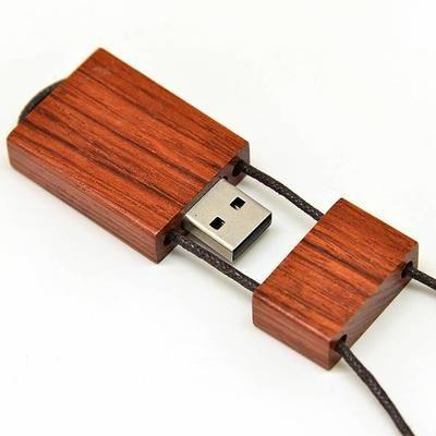 8 Go 8Go Clé Clef USB 2.0 Mémoire Flash GB - Bois IV - Un concept design original, élégante et amusante. Résistant aux chocs. Matériel de fabrication en bois. La meilleure faç…Voir la présentation