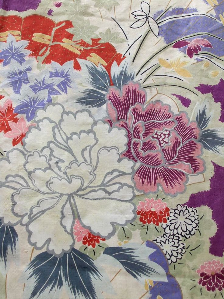 ☆ New Arrival ☆ 'Chelsea Flower Show' #women's #antique #tsumugi #silk #kimono #colourful #enchanting #floral #pattern from #FujiKimonohttp://www.fujikimono.co.uk/fabric-japanese/chelsea-flower-show.html #textile #costume #fashion #kawaii #cosplay #chelseaflowershow #HammersmithVintageFair #HyperJapan