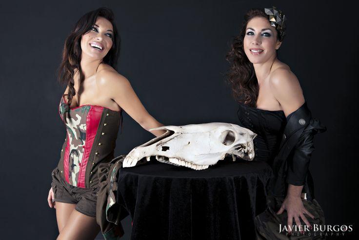 Hoy os dejo el post sobre la sesión de María y Romy Abradelo. http://www.javierburgos.net/maria-y-romy-abradelo