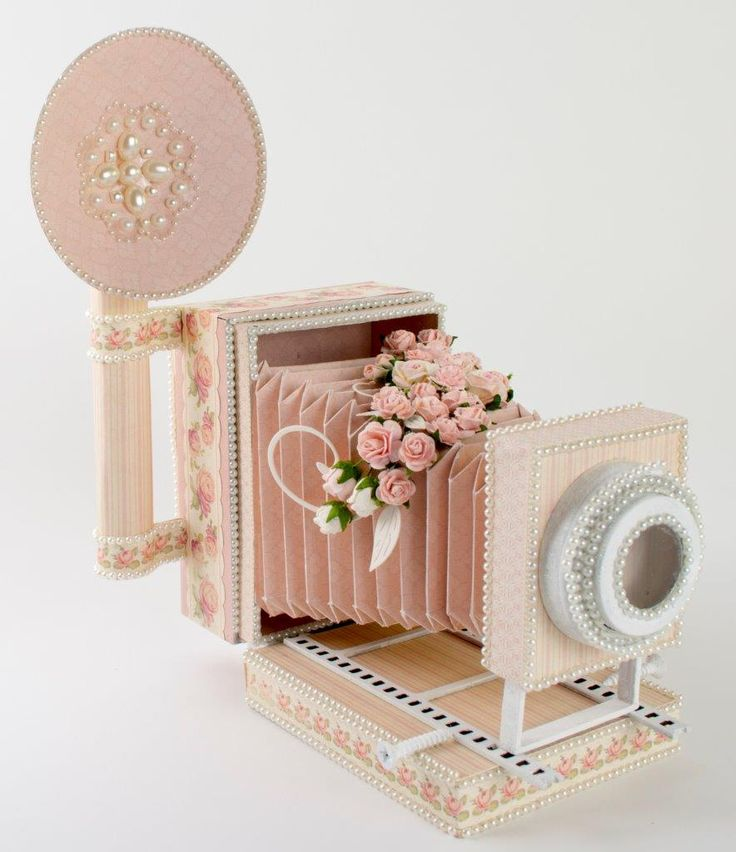 DIY free tutorial templates and WPC cut file. Retro Camera Box  Tara's Studio Nov 2013 img 9