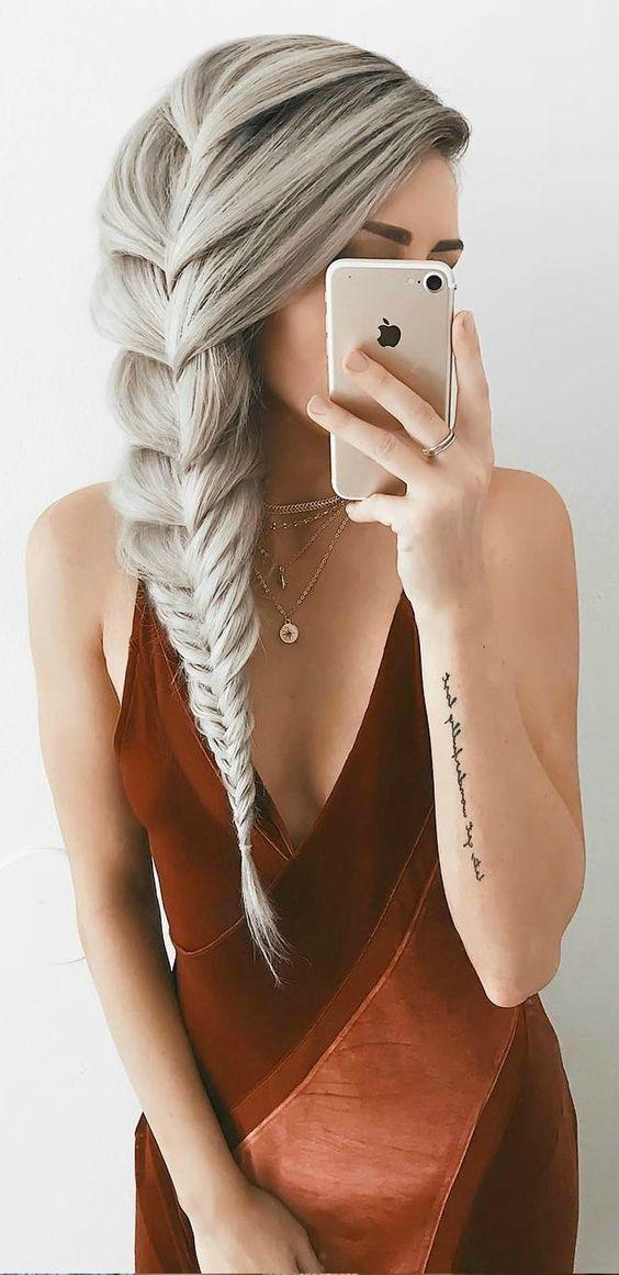 Neueste 2018 inspirierende Frisuren für moderne Mädchen