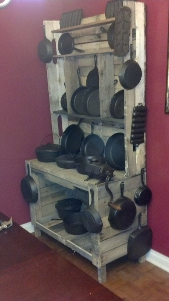 Ideal cabinet for my cast iron pans!