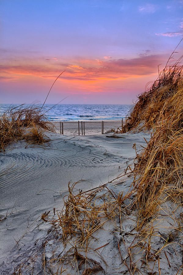 Daybreak On The Outer Banks of North Carolina...how fun would it be to watch the sun rise here?