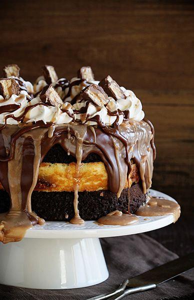 snickers cheesecake cake ~ http://iambaker.net