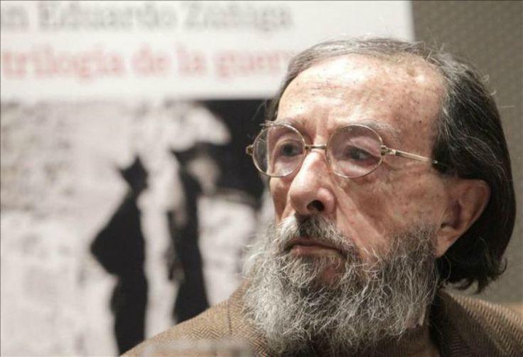 """Juan Eduardo Zúñiga, Premio Nacional de las Letras 2016. El jurado le reconoce como """"un maestro tanto en el género del cuento, realista y fantástico, como en el ensayo literario y la traducción"""""""
