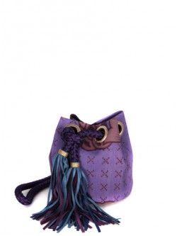 DELPHINE DELAFON / SAC SEAU AFRICAIN VIOLET Disponible sur http://www.bymarie.fr/marques/delphine-delafon/sac-cuir-noir-oeillets-10727.html #delphinedelafon #sac #bag #accessoire #accessories #leather #cuir #fashion #mode #paris #marseille #sainttropez #chic #bymariestore
