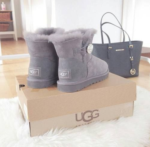 Only $94 - $189! Women All love! Discount UGG Boots Online Sale! Winter Essential! Do not miss! Click >> http://uggboot-shop-68.tumblr.com/