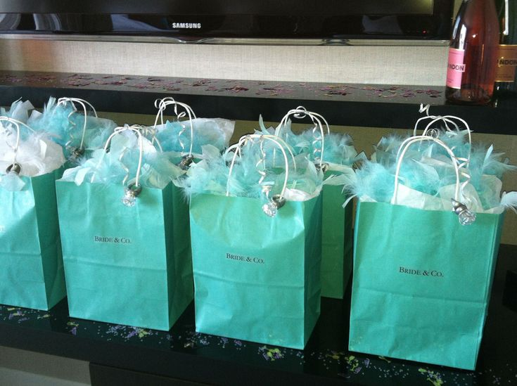 Colorado Wedding Gift Bag Ideas : Champagne glasses, Boas and Tiffany blue on Pinterest