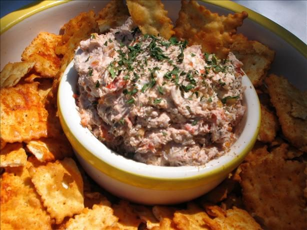 Roasted Garlic And Sun-Dried Tomato Spread Recipe - Cheese.Food.com ...