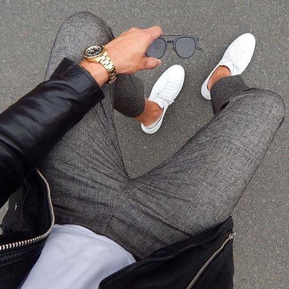 Pour un style branché en basket blanche #casual #look #homme #men #basket #sneakers #mode