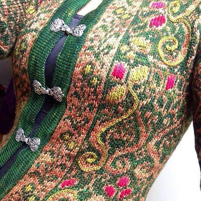 Norsk Strikkedesign / Norwegian Knitting Designs by Margaretha F