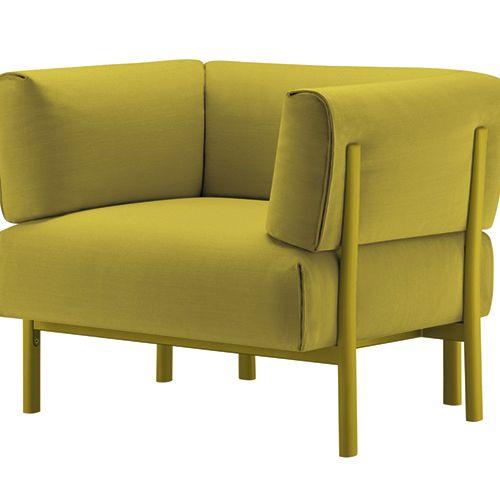Eleven sofa og lænestol til loungeområdet. Komfort og funktion giver et vellykket design. Farvekombinationen kan selv vælges. Se mere her. #lænestol #loungeindretning #indretning #afslapning #kontorindretning #kontormøbler