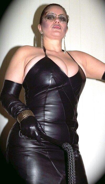 9 Best Countess Denica Yyyyyyy Images On Pinterest  Back -2912