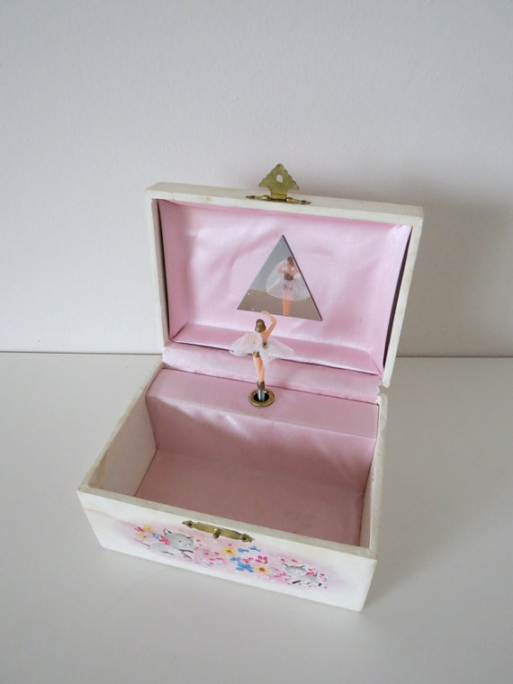 Vintage Musical Ballerina Jewelry Box..: Little Girls, Gift, Vintage Ballerina, Vintage Girls