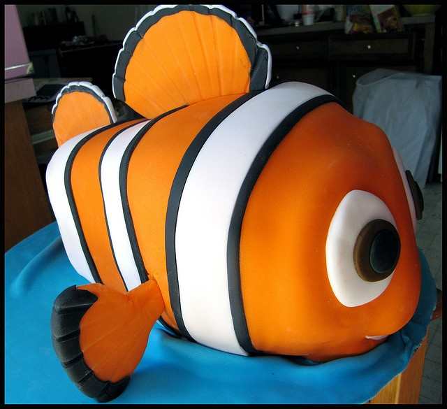 Nemo by kakes_by_klassic, via Flickr