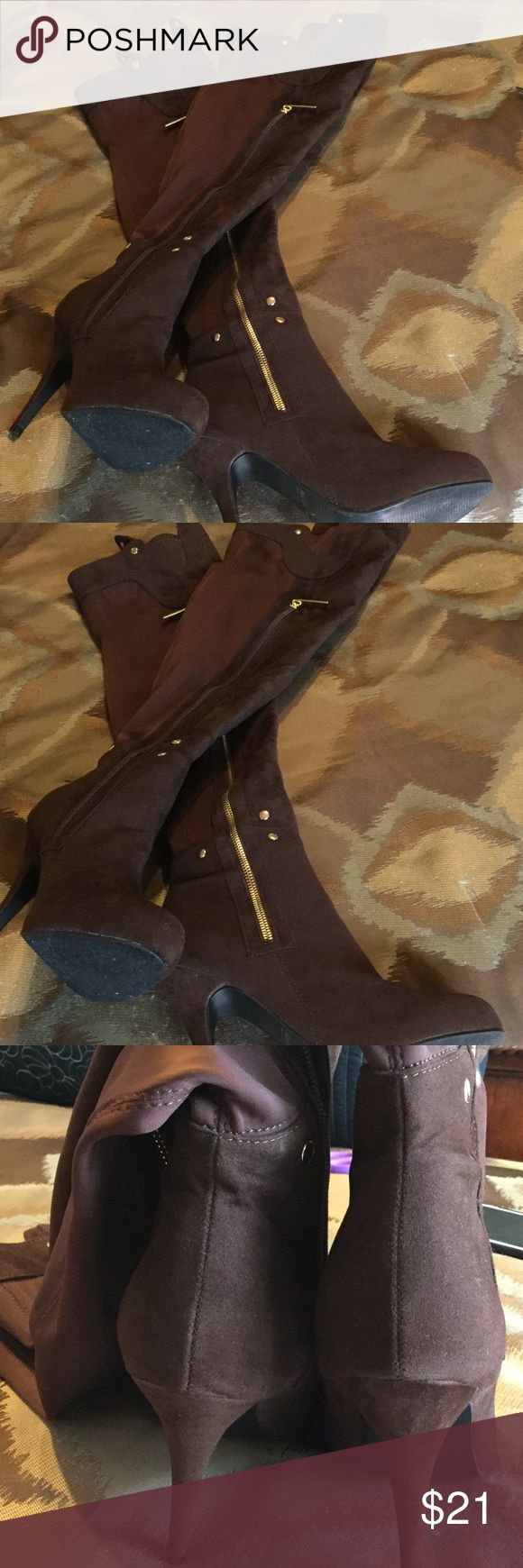 """CHOCOLATE BROWN THIGH HIGH BOOTS w GOLD ACCENTS! Chocolate brown with shines gold zippers and stud accents.  Zippers on both sides of the boots.  All man made materials.  A combination of suede look and nylon look.  4.5"""" heel.  In very good condition; almost like new.  Very well made boots that will garner attention. Styluxe Shoes"""