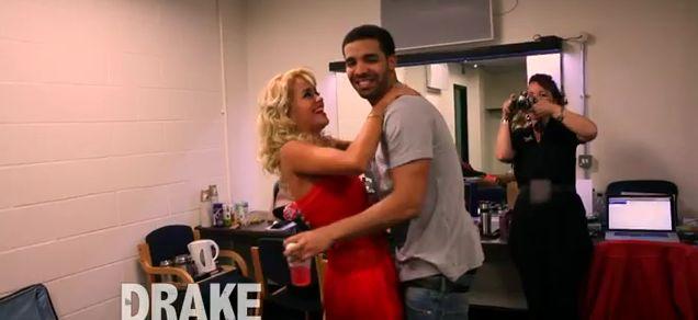 Drake appears in one of Rita Ora's tour diaries. Drake is so freaking hot!