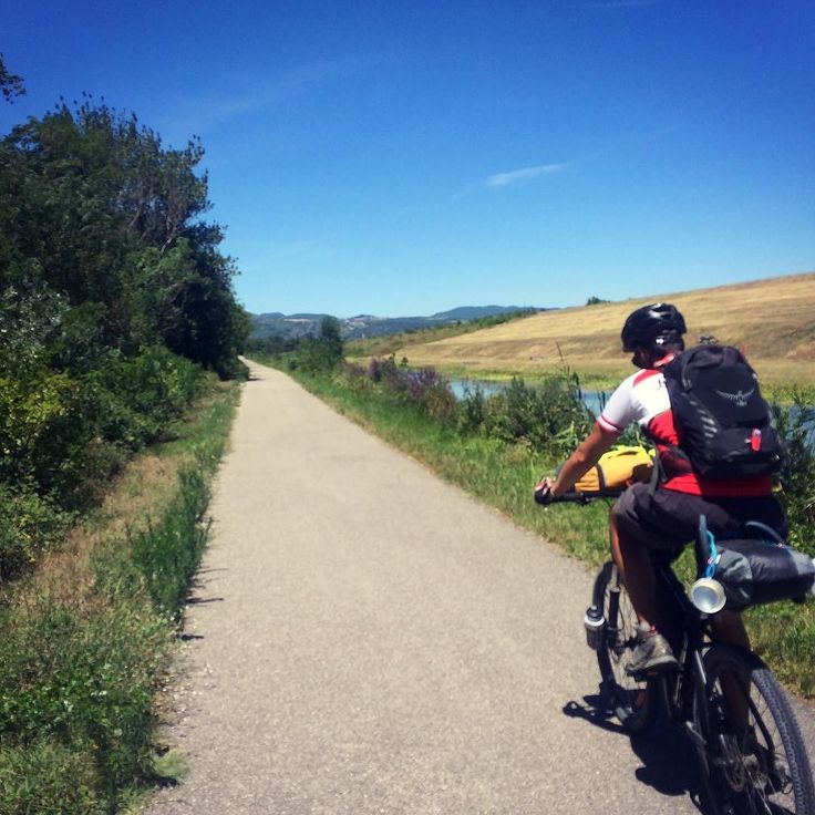 Day 369 - Montelimar > Pont-Saint-Esprit. Enjoying the beautiful flat trail of the Via Rhone lovely sights with a very strong head wind and that ever hurting bum (looking for another new saddle...)