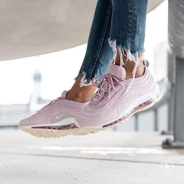 chaussure nike air max couleur pastel