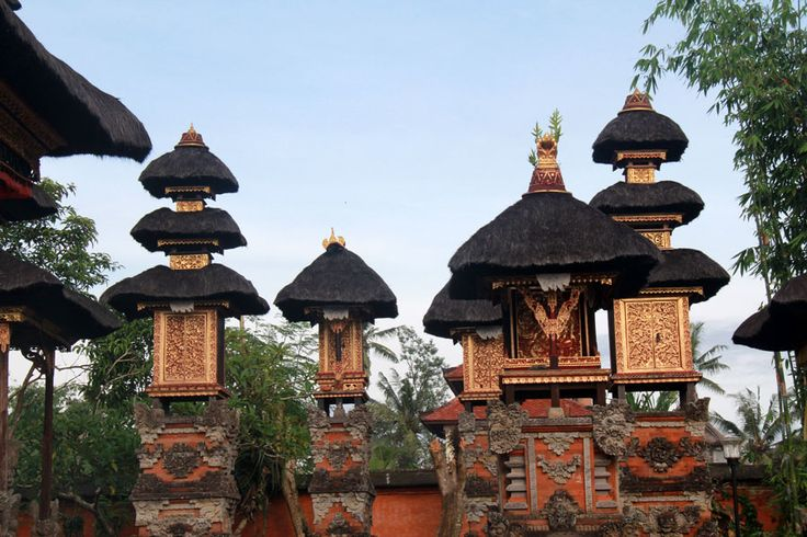 Ubud Writers and Readers Festival http://indonesia.travel/id/event/detail/869/ubud-writers-and-readers-festival-2014-wisdom-and-knowledge