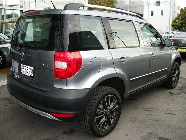 2012 Skoda Yeti 77kW TSI 7 Speed DSG. Pretty sure Mr. Clarkson gave this a great review once. #skoda #yeti #cars
