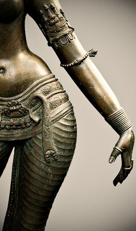 indian statues Chola bronzes - Parvati