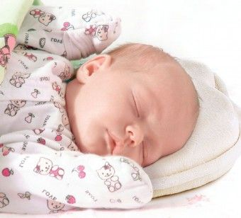 Ортопедическая подушка для новорожденных: нужна ли она? - http://vipmodnica.ru/articles-5901-ortopedicheskaya-podushka-dlya-novorozhdennyx-nuzhna-li-ona