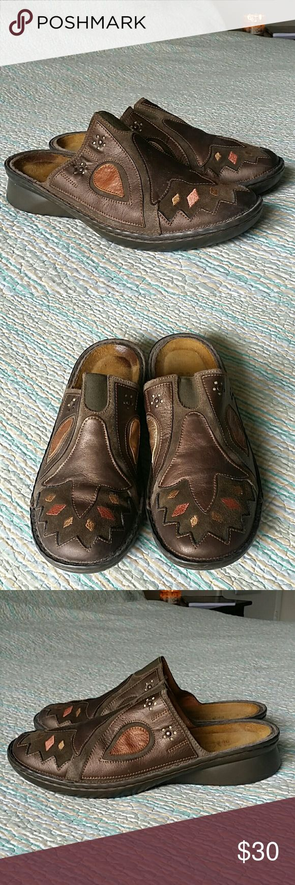 NAOT Wms 10 Eu 40 Brown Leather Slides Mules Clogs NAOT Wms 10 Eu 40 Brown Leather Slides Mules Clogs Gold Patch Embroidered Floral Naot Shoes Mules & Clogs