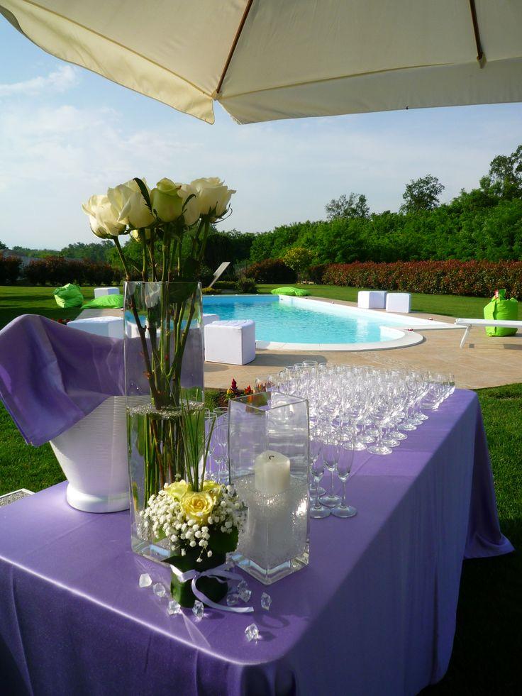 Allestimento #catering per un #matrimonio a bordo piscina. #LerianSrl ©DDay