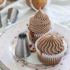 Базовый рецепт капкейков: идеальный крем и нежнейшие кексы — Mary Bakery