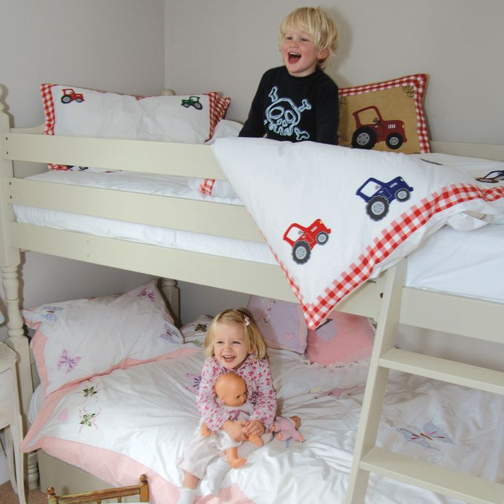 What #bedding styles, #patterns or prints do you buy for your kids? What sheets do they love to have on their #beds? Do you let them choose? Or do they get whatever you pick out? Get unique and awesome designs, colors, and more at http://www.petit.com.au #WinGreen #kidsbeddings #sleepinglikeababy #petitaustralia #freedelivery #wholesale #retail #orderonline #goodforyoukids #childrensroom #kidsroom #roomdecor