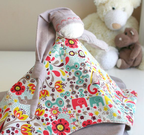 """Elf-hug, doudou pacifier biological """"seek and find"""", yellow, green and coral, gray taupe"""