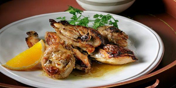 Παϊδάκια κοτόπουλου με πορτοκάλι και ανατολίτικα μπαχαρικά