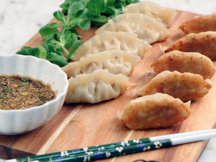 Japansk gyoza - hemgjorda dumplings | Recept från Köket.se