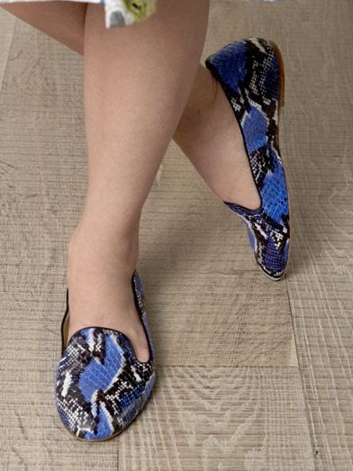 Serpent slippers. Pot fi comandate in Romania. Detalii, click pe poza.