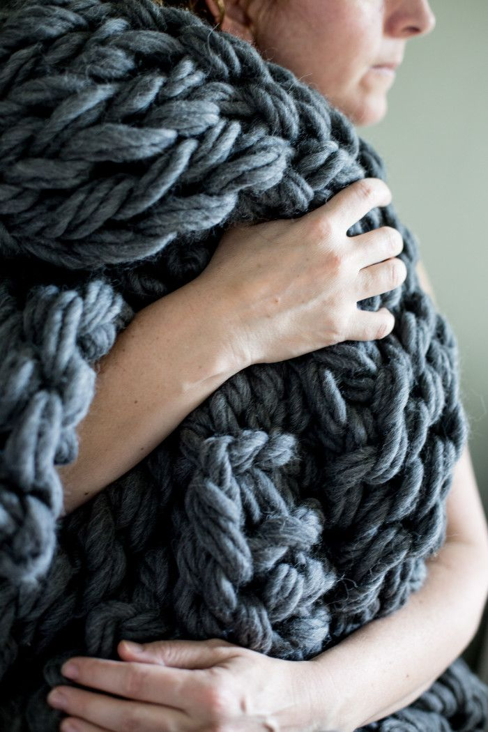 Arm Knitting Blanket For Beginners : Chunky arm knit blanket pattern patterns