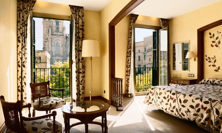 With views of the Cathedral | Hotel Barcelona Spain, Hotel Colon Barcelona - mums hotel for our wedding!<3