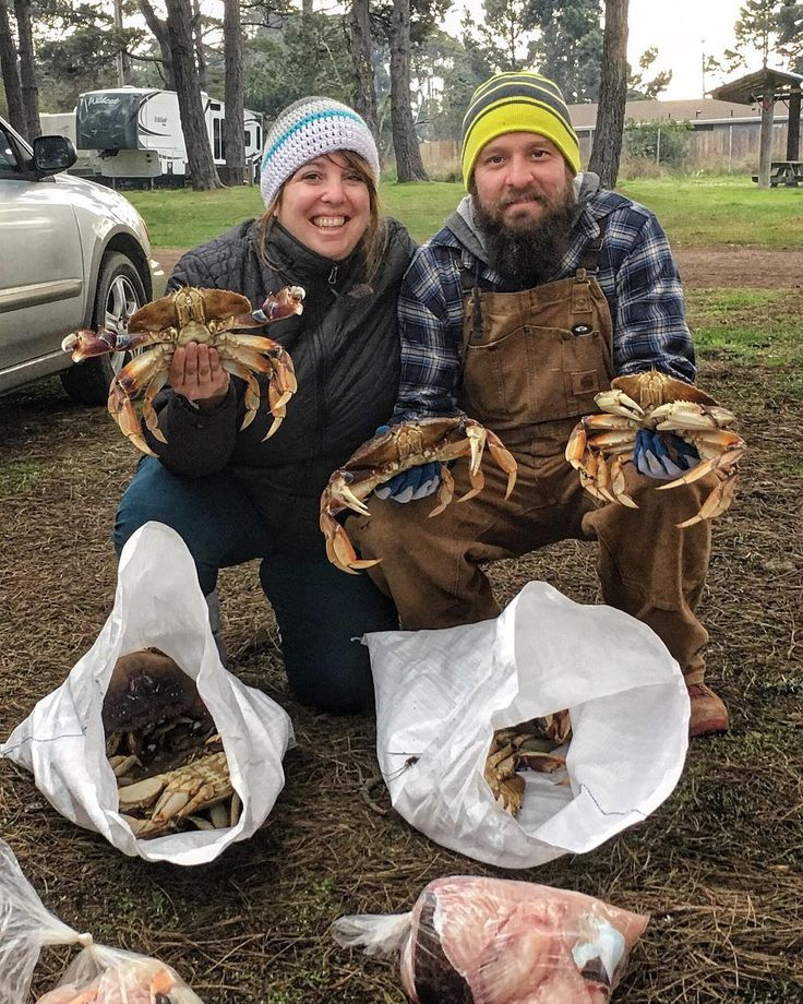 What a rad birthday! Fished all day for ling cod then picked up a whole bunch of crab pods. We both got our limit of cod then snagged 10 Dungeness crab each....who wants some?!? Way too much for the 2 of us. The look on Emilys face says it all. I also caught the biggest fish on the boat today which earned me $75 for the big fish pool  #thanksgivingweekend #lingcod #dungenesscrab #crabbing #deepseafishing #saltwaterfishing #fortbraggca #camping #adventuretime #adventure #igotcrabs…