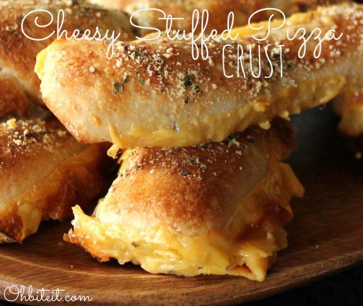~Cheesy Jalapeno Stuffed Pizza Crust!