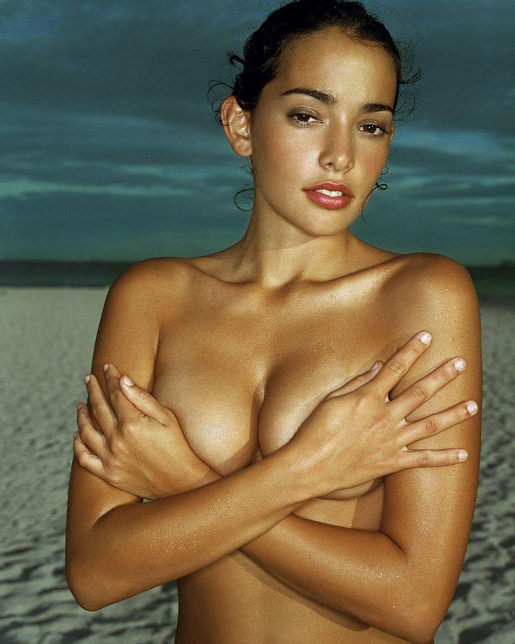 Marinez naked