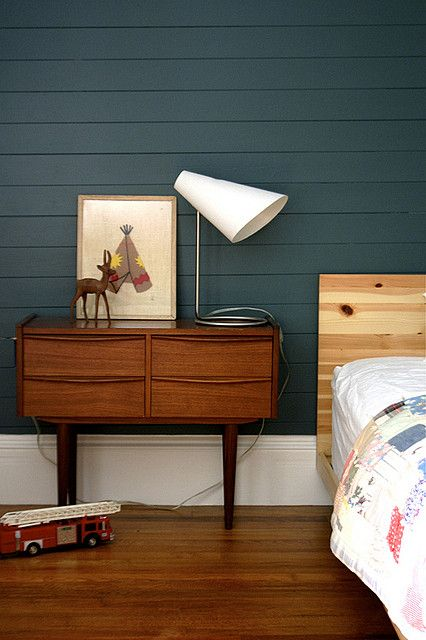 nice dark blue wall paint. Mid-century modern dresser/console-> Love